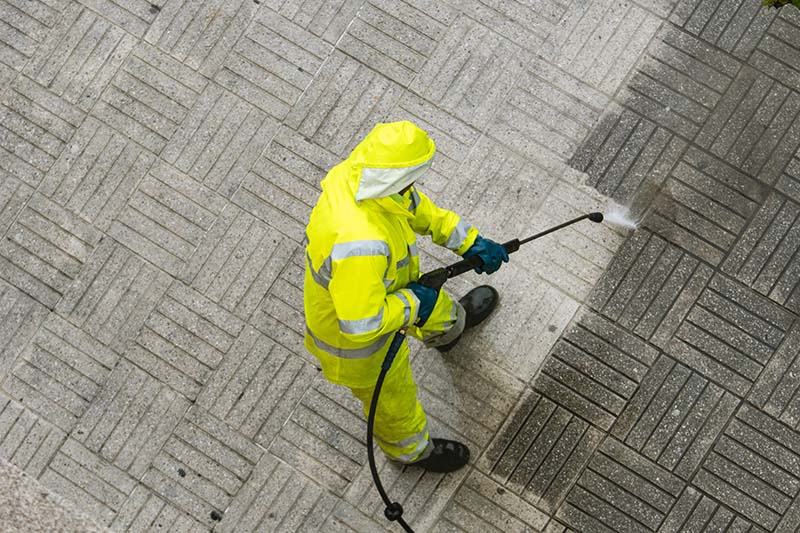 Why Pressure Washing Your Commercial Location Is Important